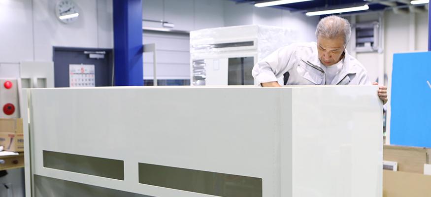 Service テクトの技術 塩ビ加工作業の写真
